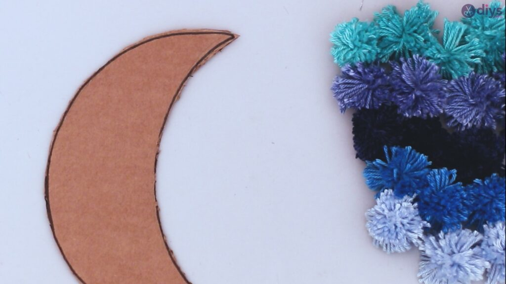 Pompom moon wall art diy (27)