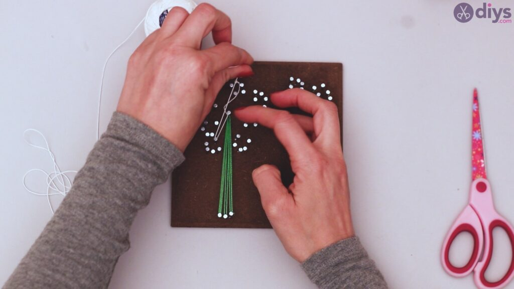 String dandelion wall art step 1 (27)