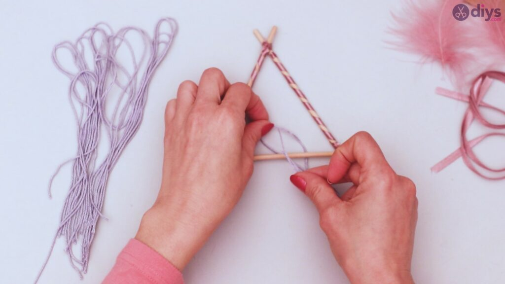Triangle dreamcatcher diy project step 1 (24)