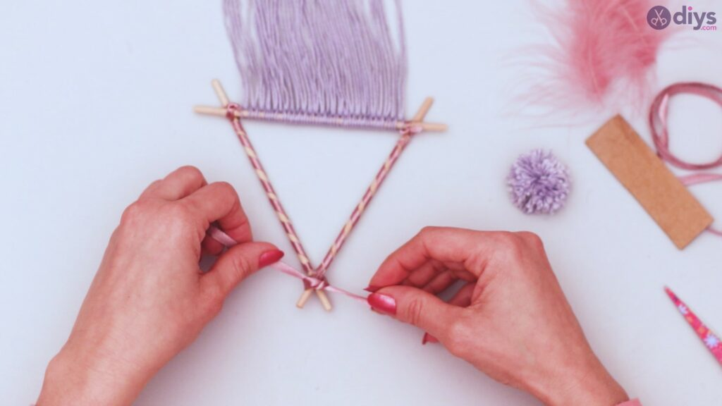 Triangle dreamcatcher diy project step 1 (43)