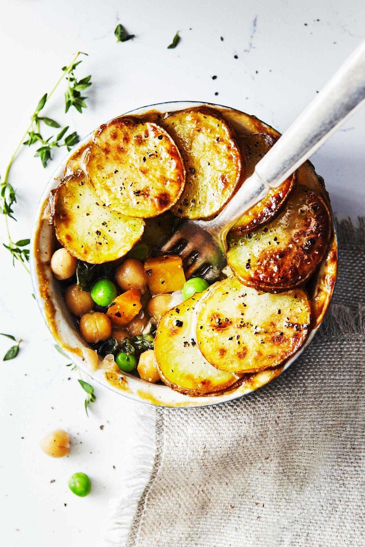 Veggie pot pies with crispy potatoes evergreen kitchen 1
