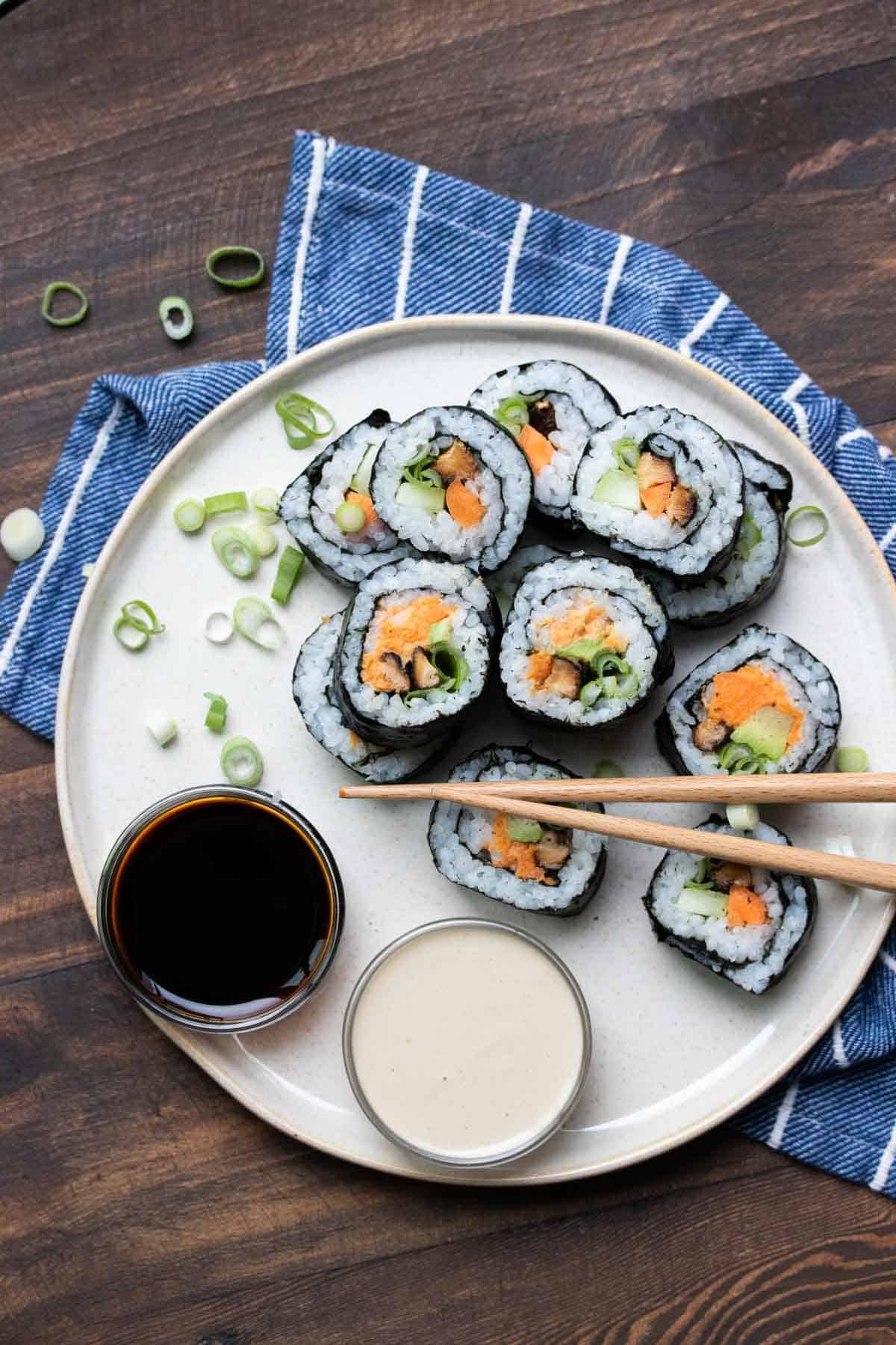 Vegan veggie sushi rolls