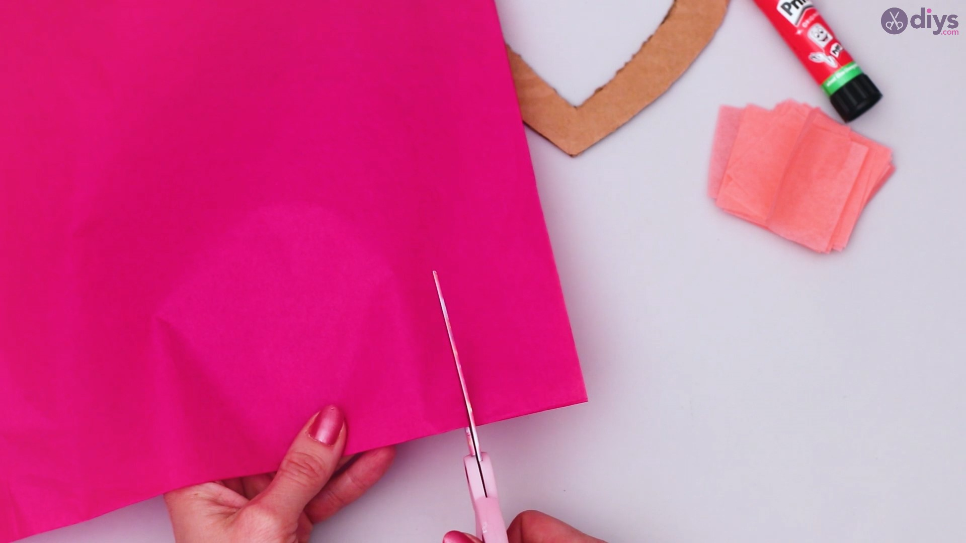 Diy tissue paper puffy heart step 1 (11)