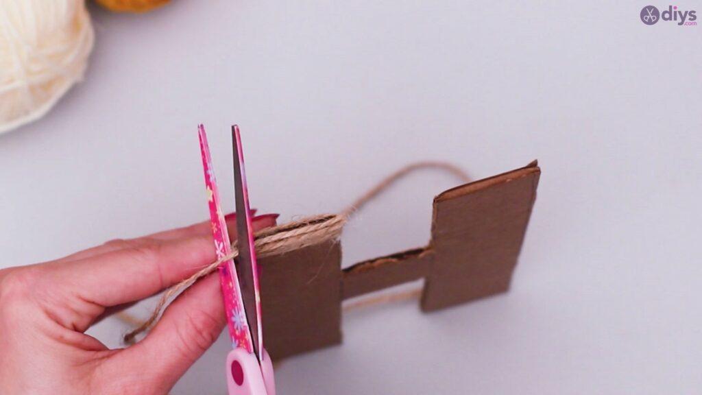 Diy yarn letter step by step craft (16)