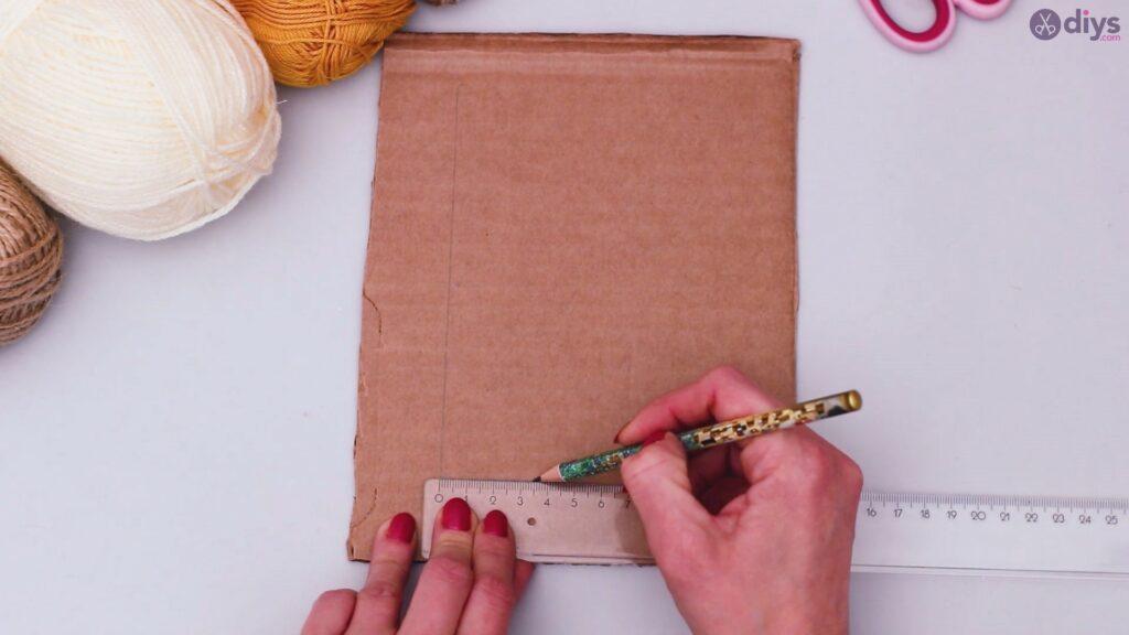 Diy yarn letter step by step craft (2)
