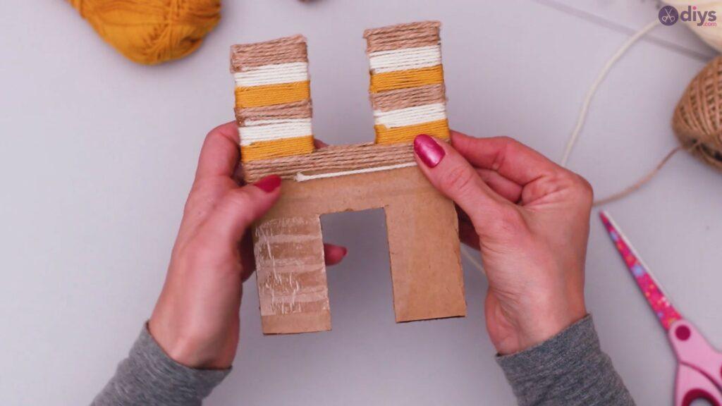 Diy yarn letter step by step craft (31)