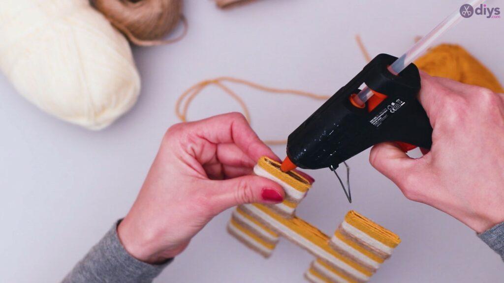 Diy yarn letter step by step craft (39)