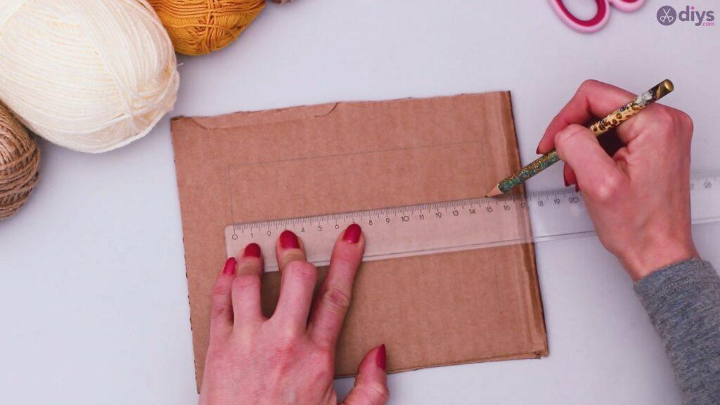Diy yarn letter step by step craft (4)