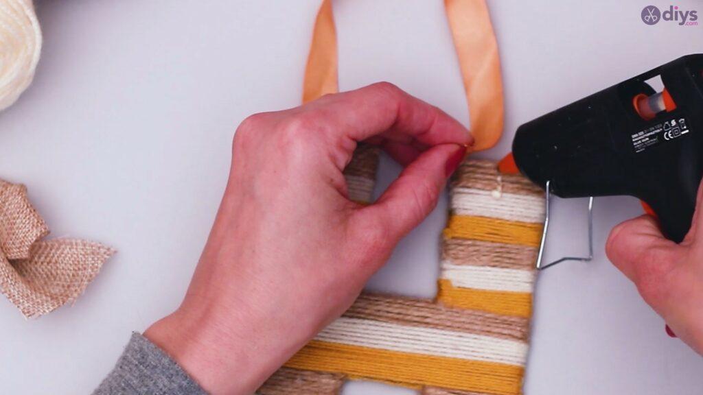 Diy yarn letter step by step craft (49)