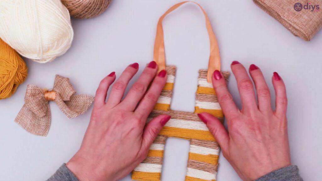 Diy yarn letter step by step craft (50)