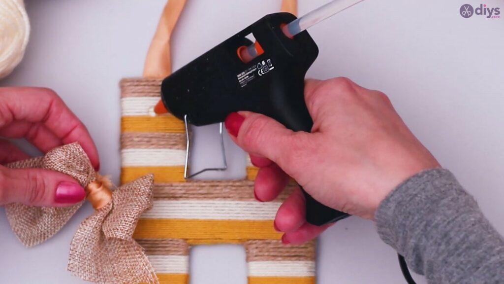 Diy yarn letter step by step craft (51)