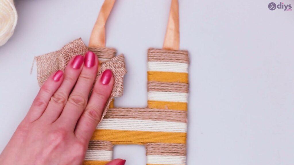 Diy yarn letter step by step craft (52)