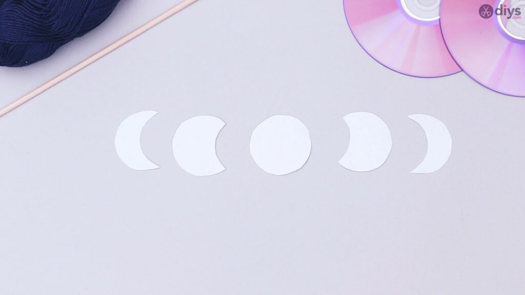 Lunar eclipse cd wall hanging (1)