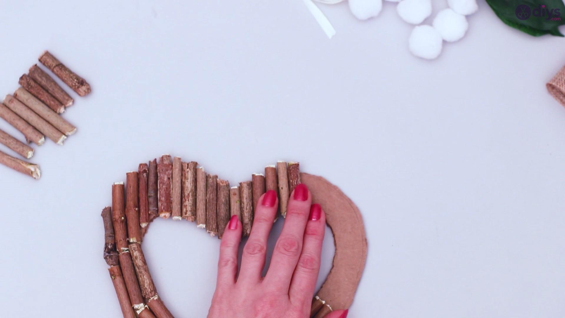 Rustic twig heart wall art (24)