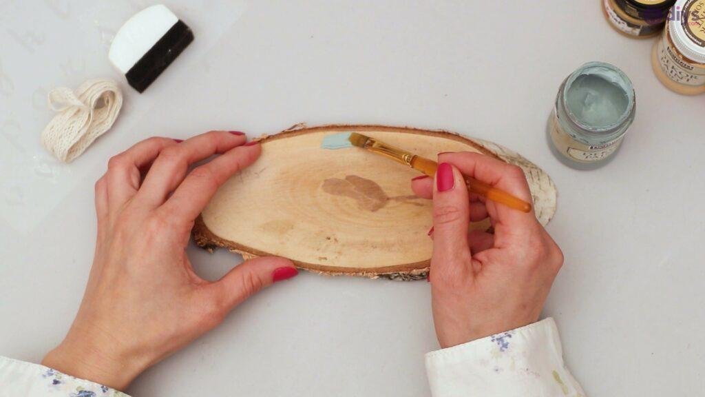 Wooden slice wall art (3)