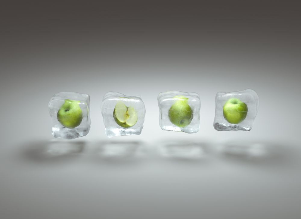 How long do frozen apples last