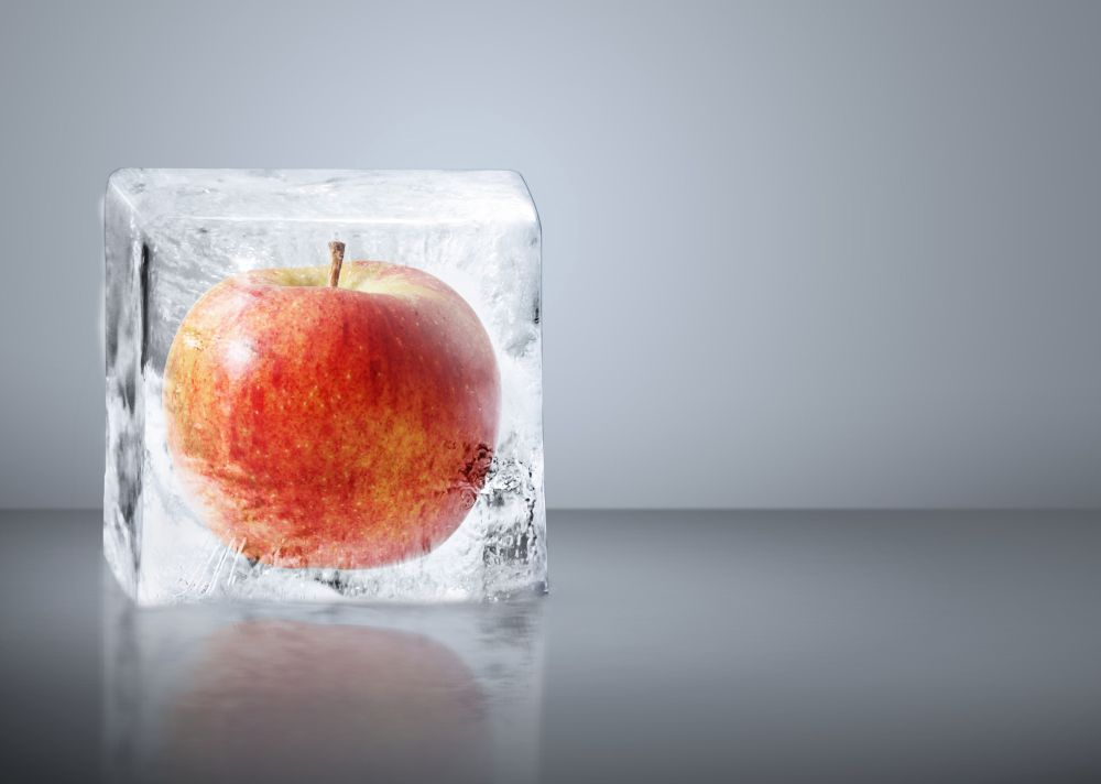 What is the best way for freezing apples