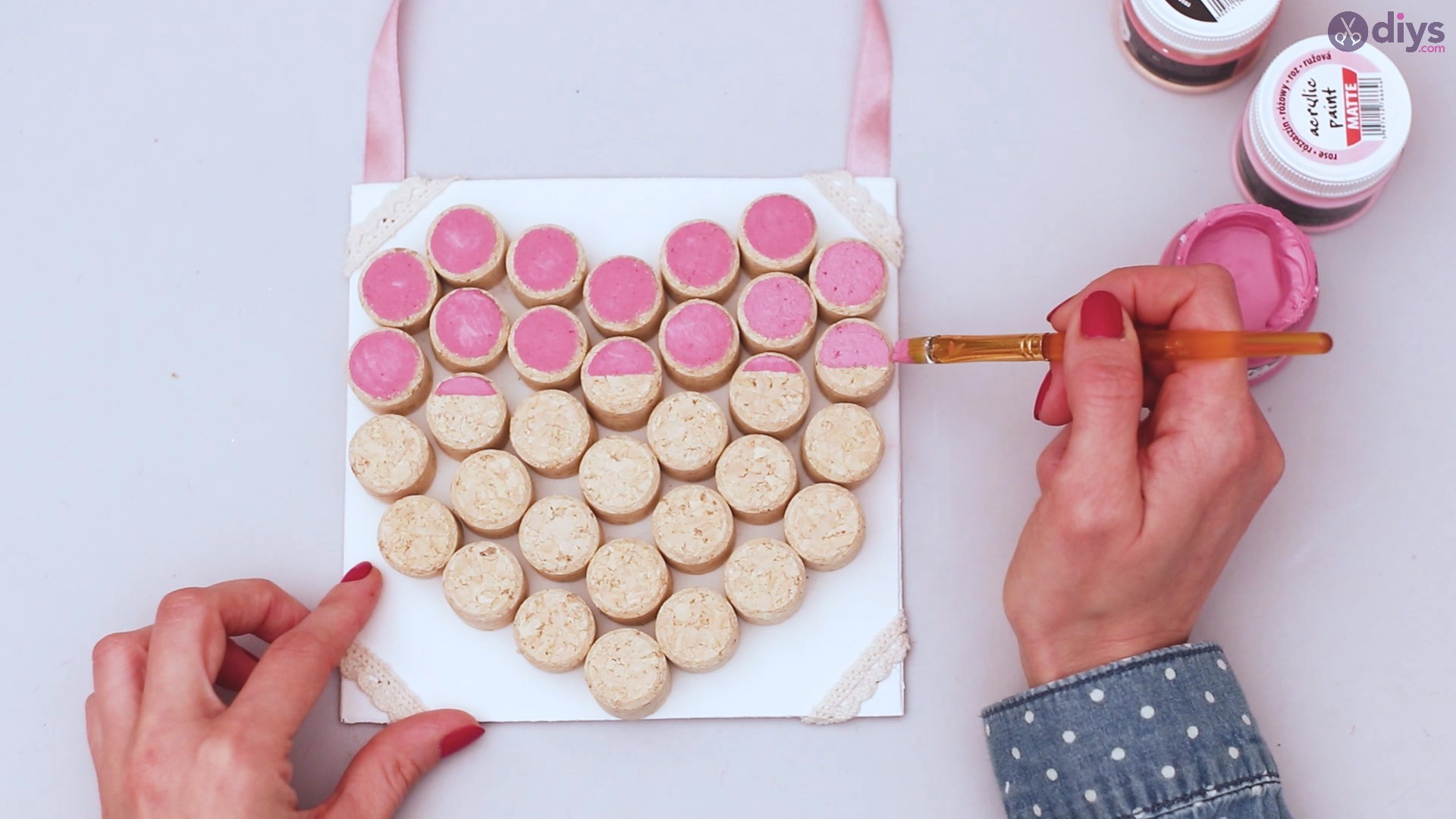 Wine cork heart wall hanging (34)