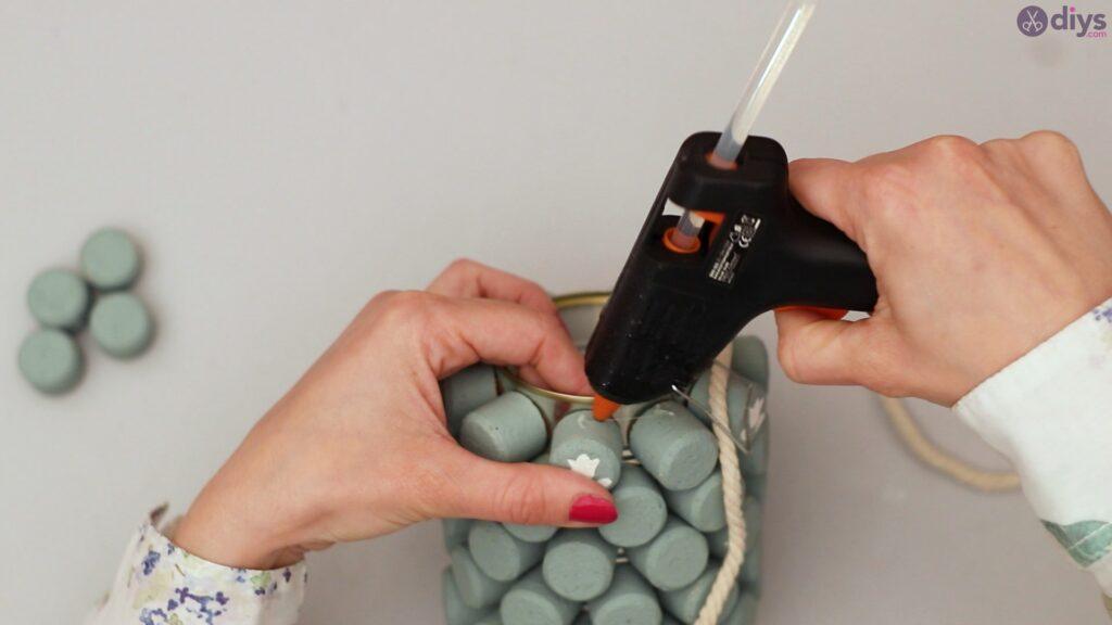 Wine cork pencil holder (25)