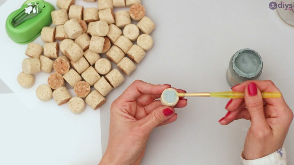 Wine cork pencil holder (7)