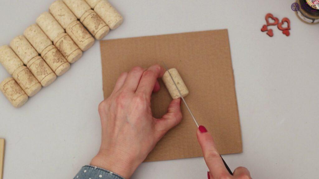Wine cork photo frame (2)