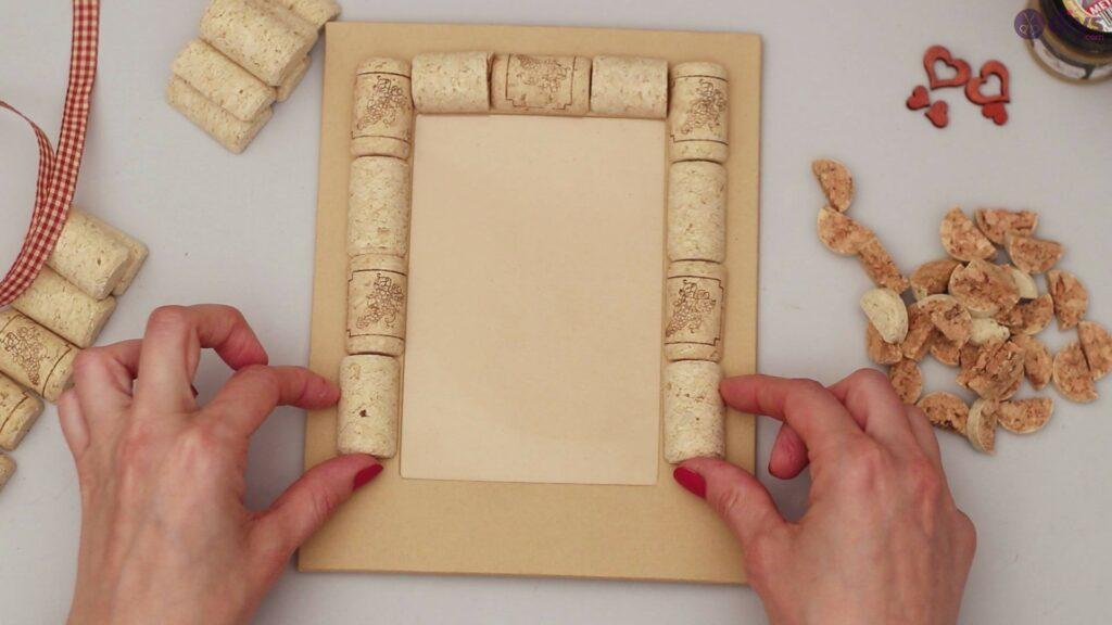 Wine cork photo frame (20)