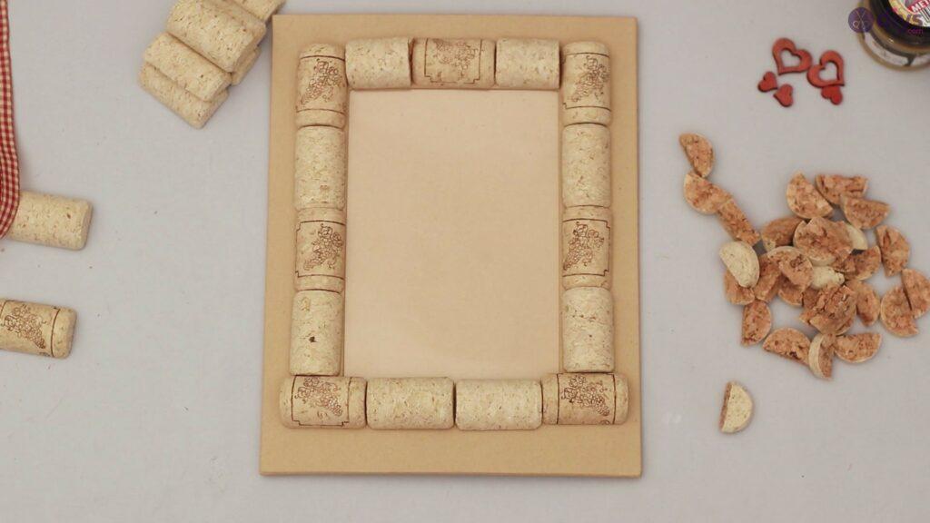 Wine cork photo frame (23)