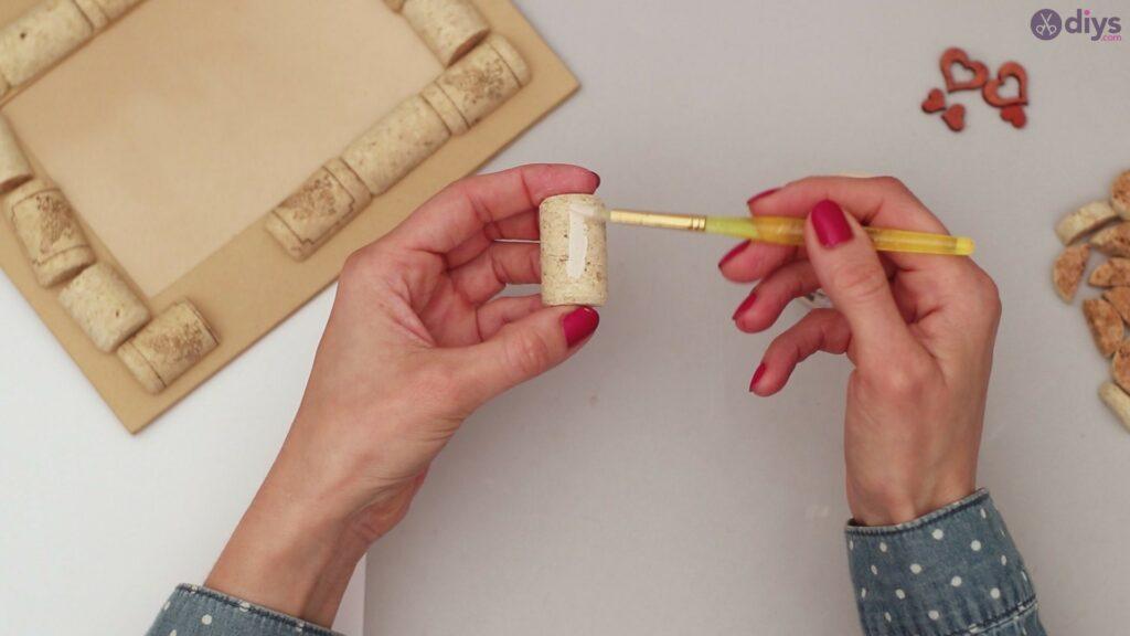 Wine cork photo frame (34)