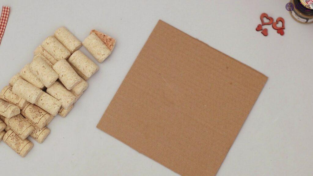 Wine cork photo frame (4)