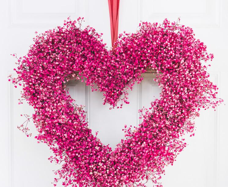 Baby's breath heart wreath