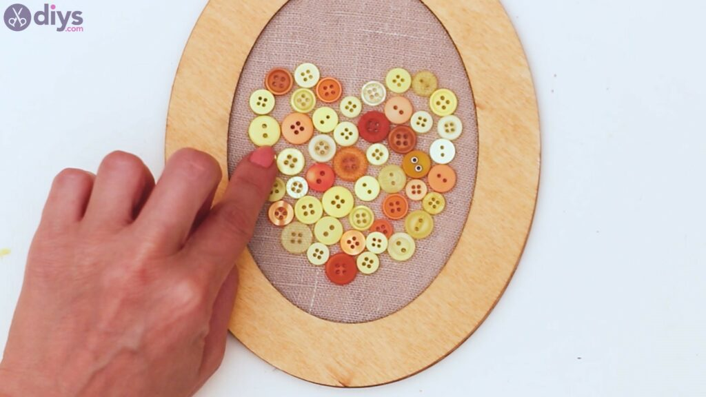 Button heart wall art sgs (26)