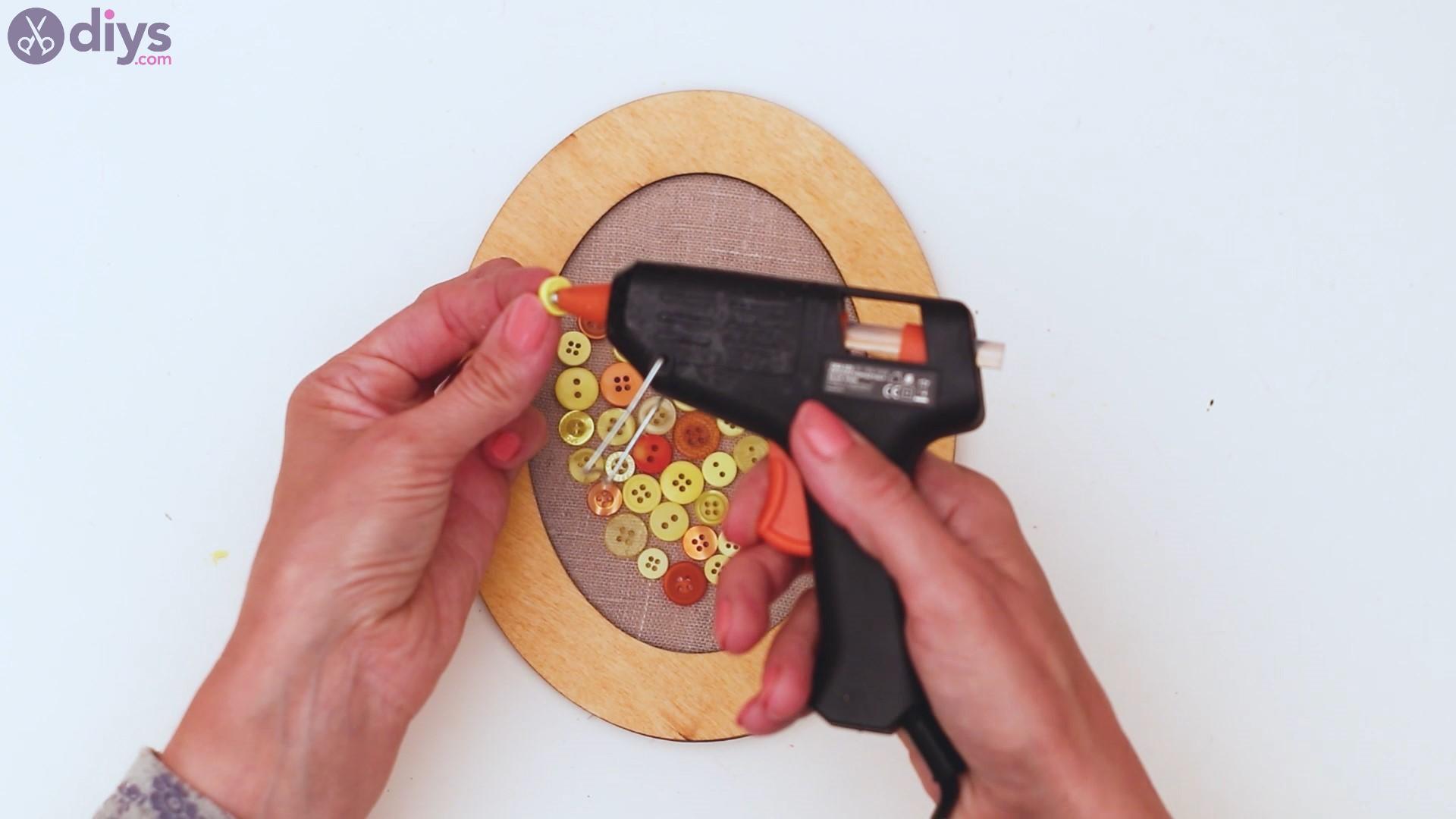 Button heart wall art sgs (27)