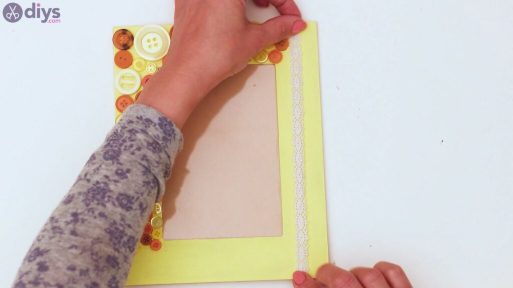 Button picture frame steps (21)