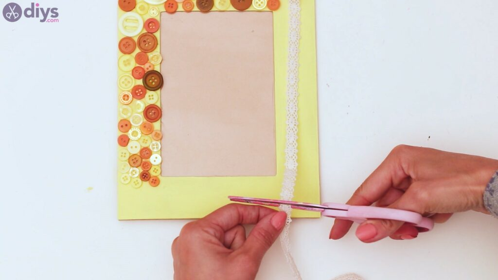 Button picture frame steps (23)