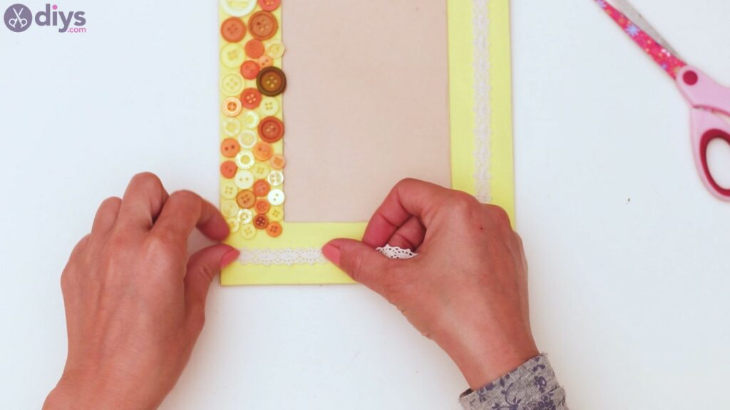 Button picture frame steps (35)