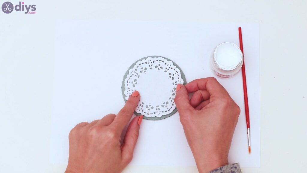 Coaster with lace paper (4)