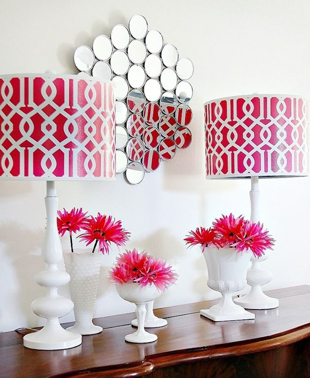 Wall Mirror With Compacts