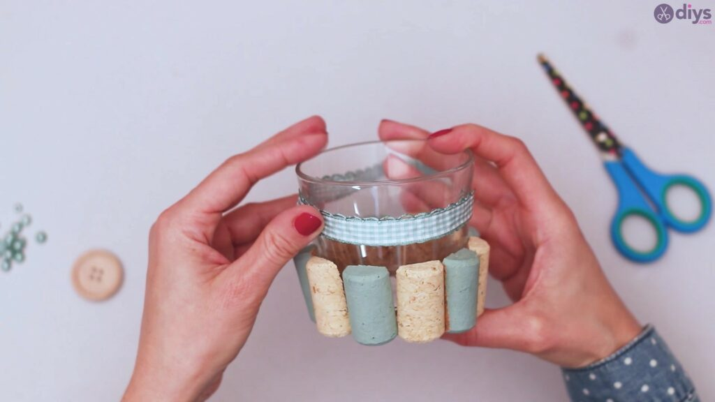 Diy wine cork candle holder (19)