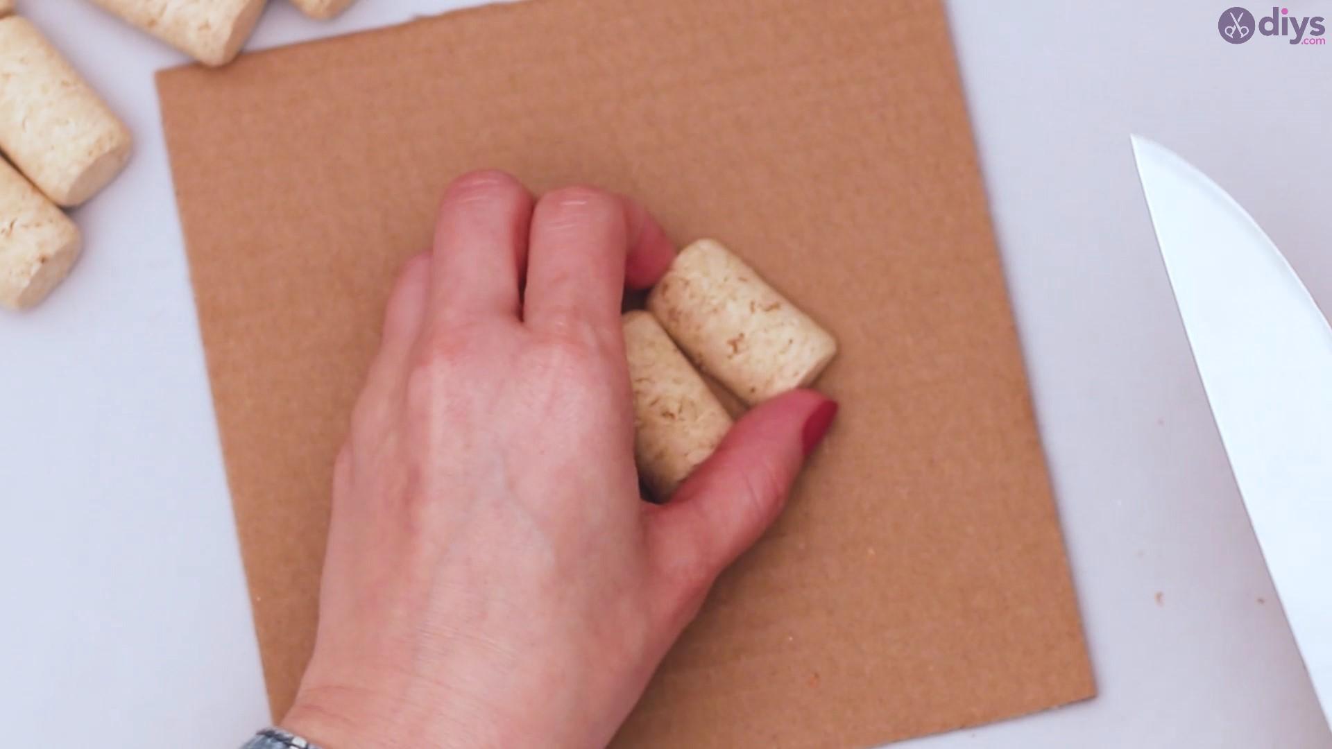 Diy wine cork candle holder (2)