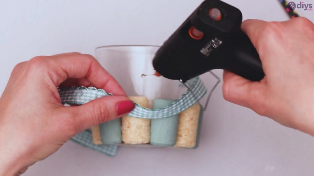 Diy wine cork candle holder (20)