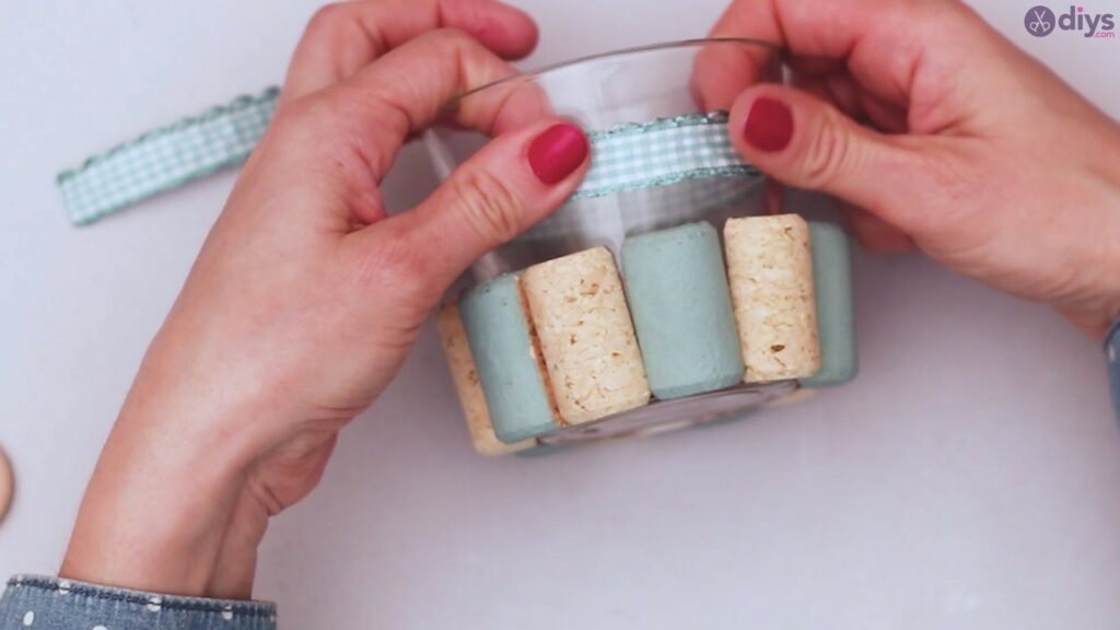 Diy wine cork candle holder (25)