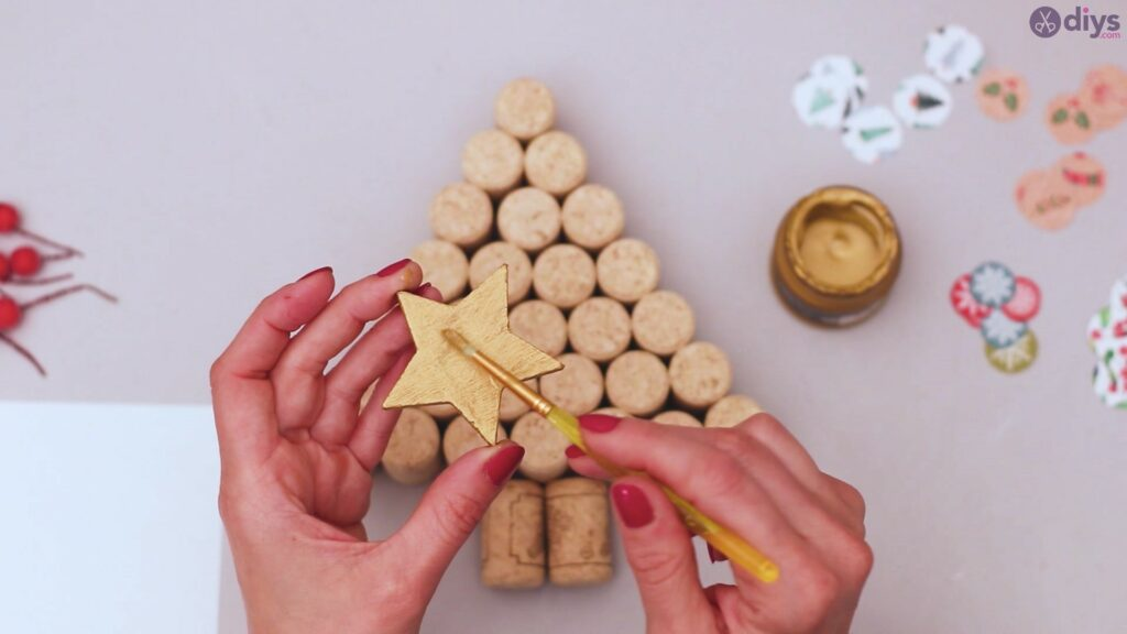 Diy wine cork christmas tree (22)