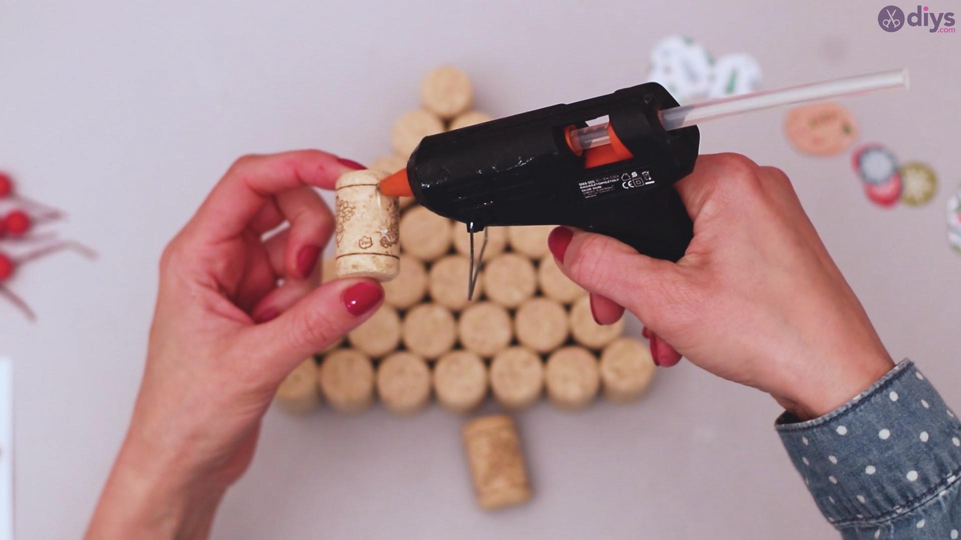 Diy wine cork christmas tree (23)