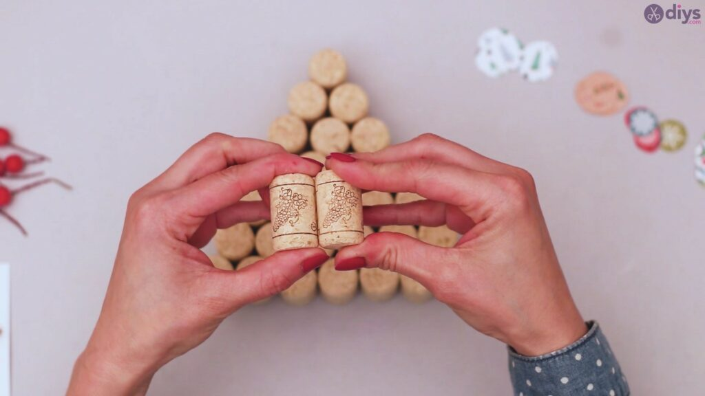 Diy wine cork christmas tree (24)