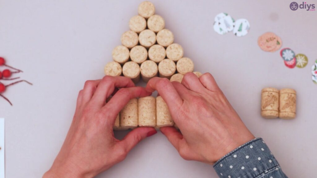 Diy wine cork christmas tree (29)