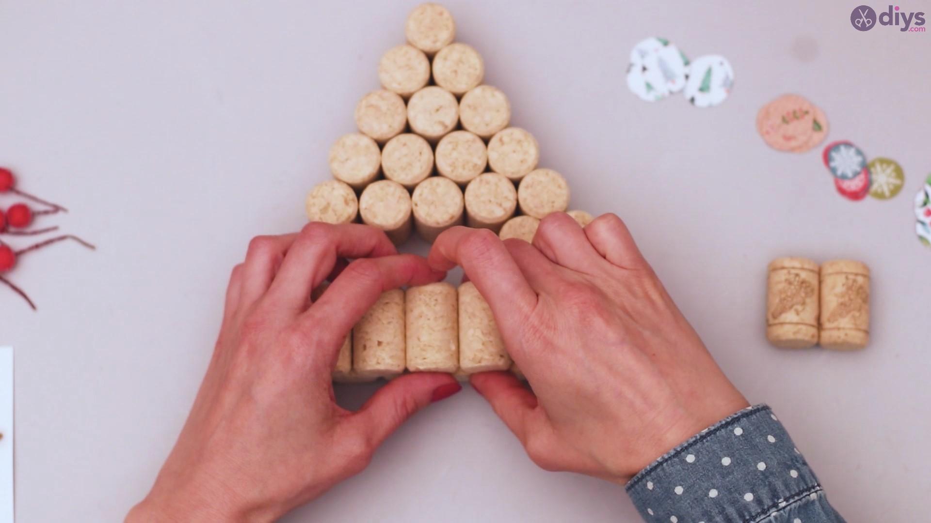 Diy wine cork christmas tree (29)