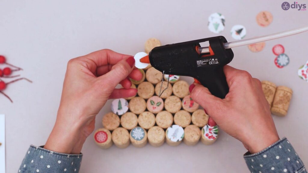 Diy wine cork christmas tree (33)