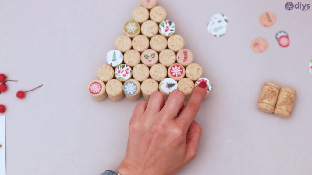 Diy wine cork christmas tree (36)