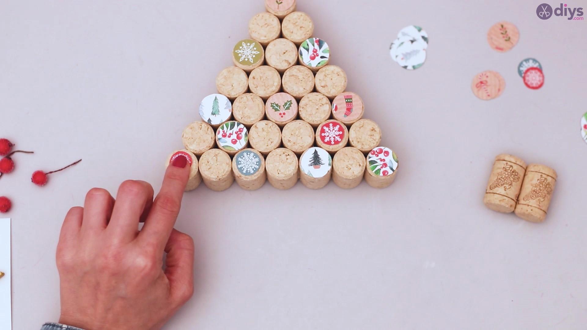 Diy wine cork christmas tree (38)
