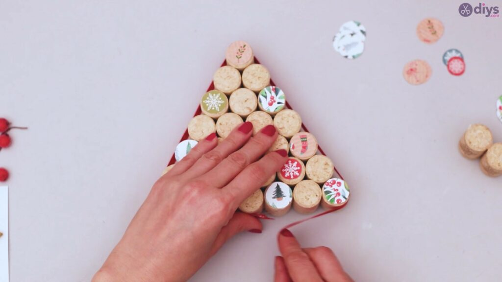 Diy wine cork christmas tree (41)
